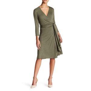 Max Studio Heathered Olive Green Long Sleeve Dress
